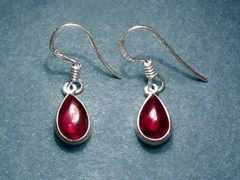 Pair Of Sterling Silver Red Garnet Earrings 1 2