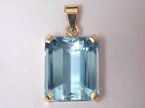 Aquamarine pendants natural aquamarine pendants item aquj406aquamarine pendant aloadofball Images