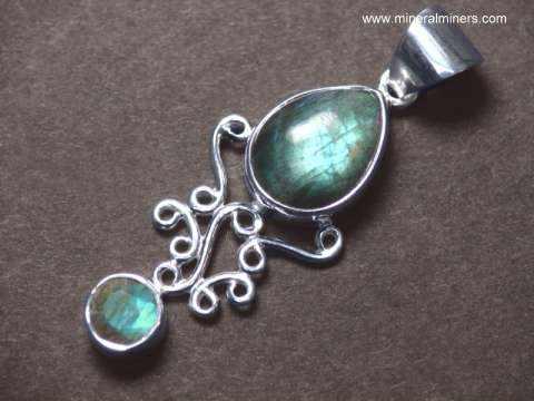 Labradorite jewelry labradorite necklaces bracelets pendants labradorite pendant in sterling silver item labj306alabradorite jewelry mozeypictures Choice Image
