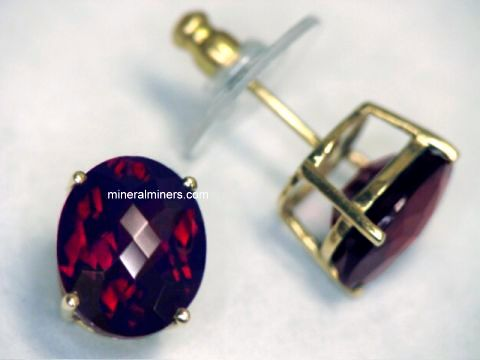 Garnet Earrings In 14k Gold Item