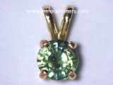 Green Sapphire Jewelry: natural green sapphire pendants, necklaces and earrings