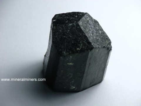 Tourmaline Crystalineral Specimens